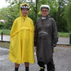 Jeannine et Joëlle déguisées pour le départ